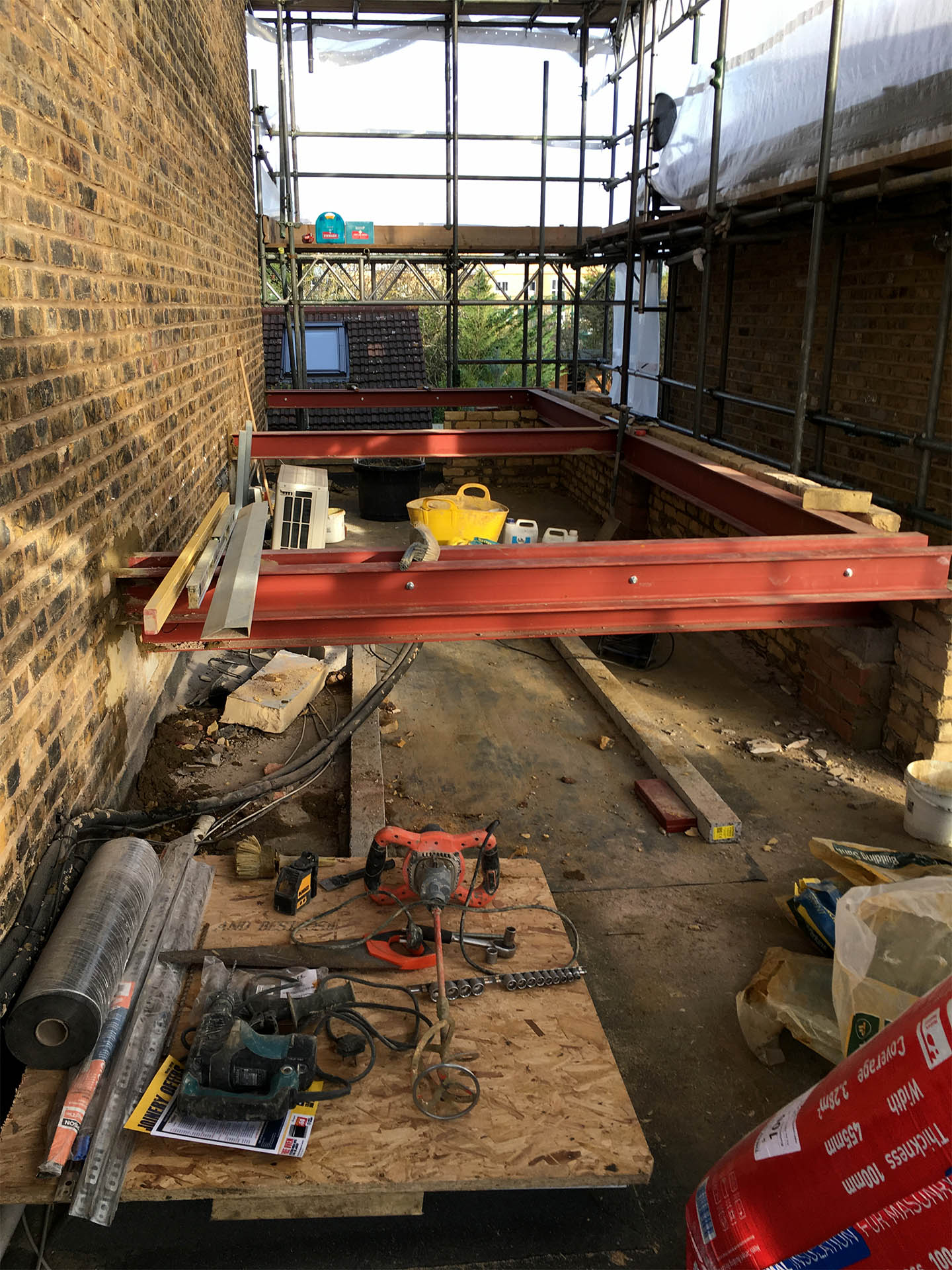 NW10 project installing steels